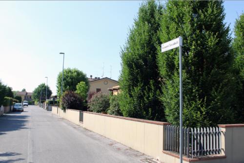 Via G. Scarabelli Molinella, Italia.